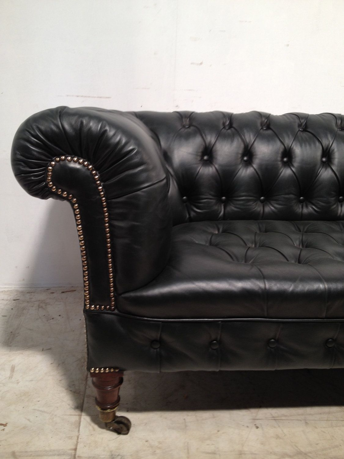 Reclining Sofa Victorian Leather Chesterfield sofa uantique green u via Etsy Chesterfield sofa Pinterest Leather chesterfield Chesterfield sofa and