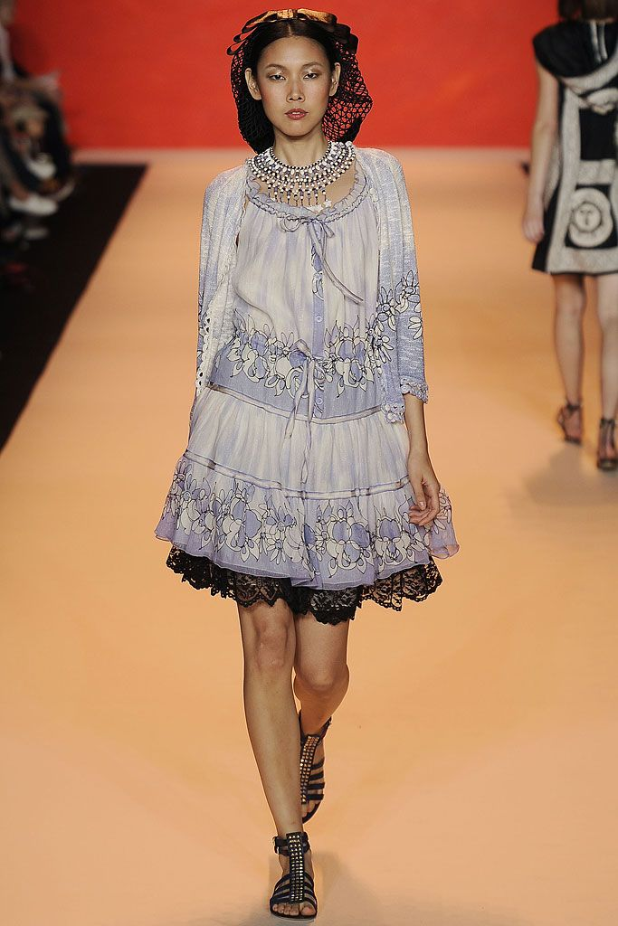 Anna Sui Spring 2009 Ready-to-Wear - Collection - Gallery - Style.com