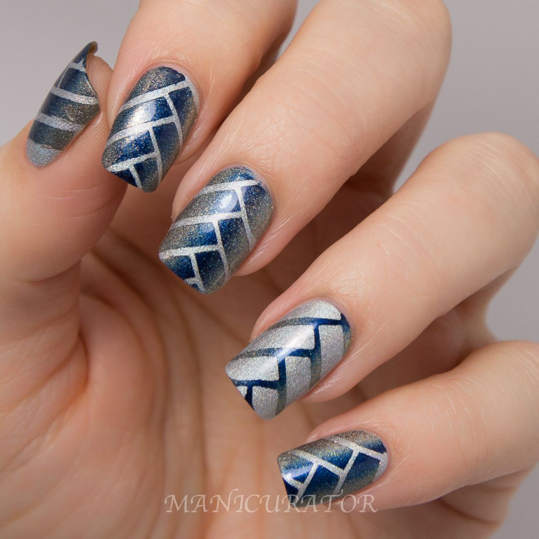 Manicurator Q Tips Holiday Glam Herringbone Gradient Nail Art