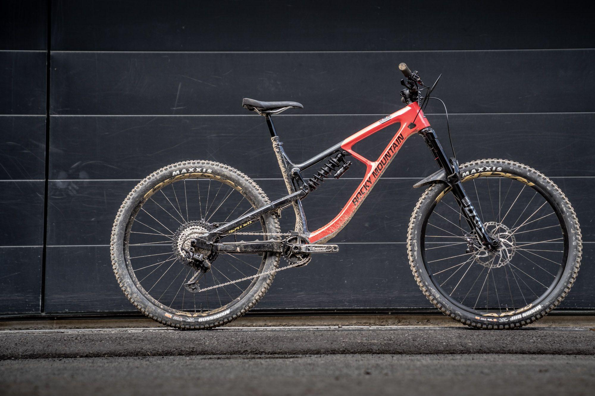 Rocky Mountain Slayer 2020 Im Ersten Test Canadian Huck Wagon Mtb News De Downhill Bike Fahrrad Mtb Rocky
