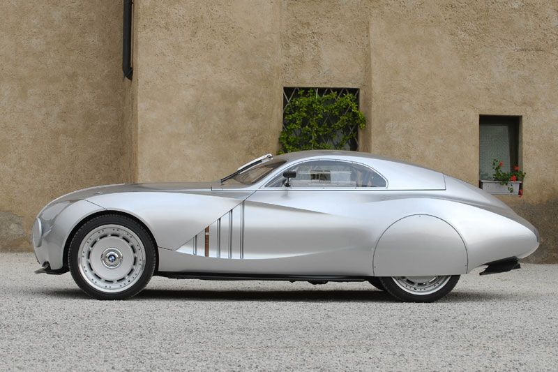 2006 BMW Mille Miglia Coupe... looks great from the side ...