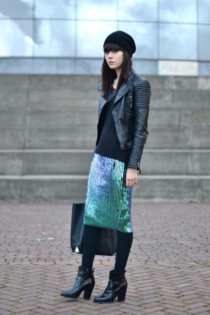 how to wear sequin pencil skirt black ankle boots style