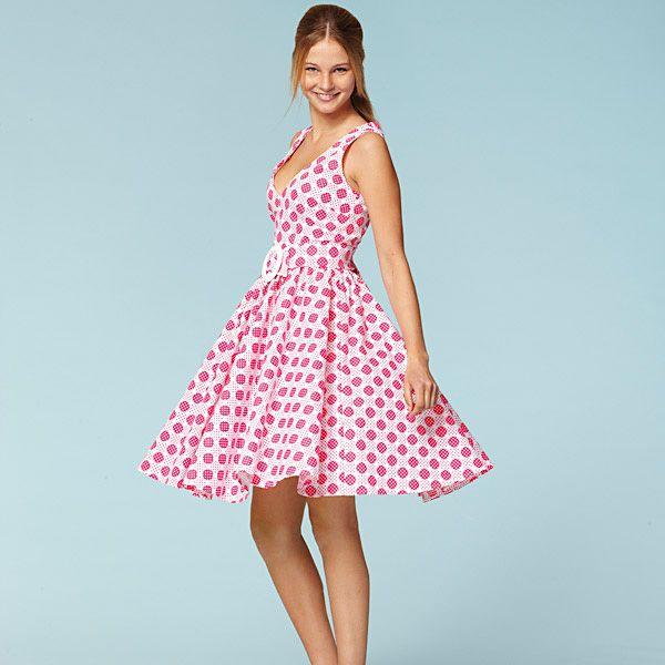 Robe années 50 / jupe arrondie, Burda 7556 | couture | Pinterest