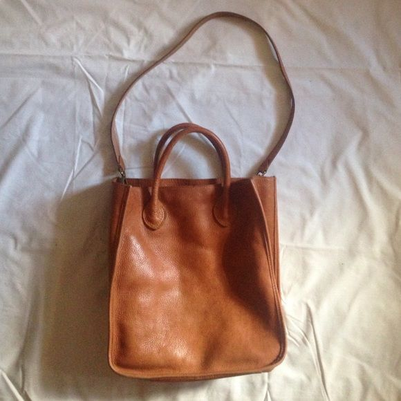 "madewell slim camden tote 51202 ••• leather ••• three interior pockets ••• 4"" handle drop ••• well-loved ••• aged leather ••• few spots as pictured Madewell Bags Totes"