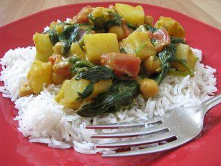 Spinach and Chickpea Coconut Curry - Super Veggie Mom | Super Veggie Mom