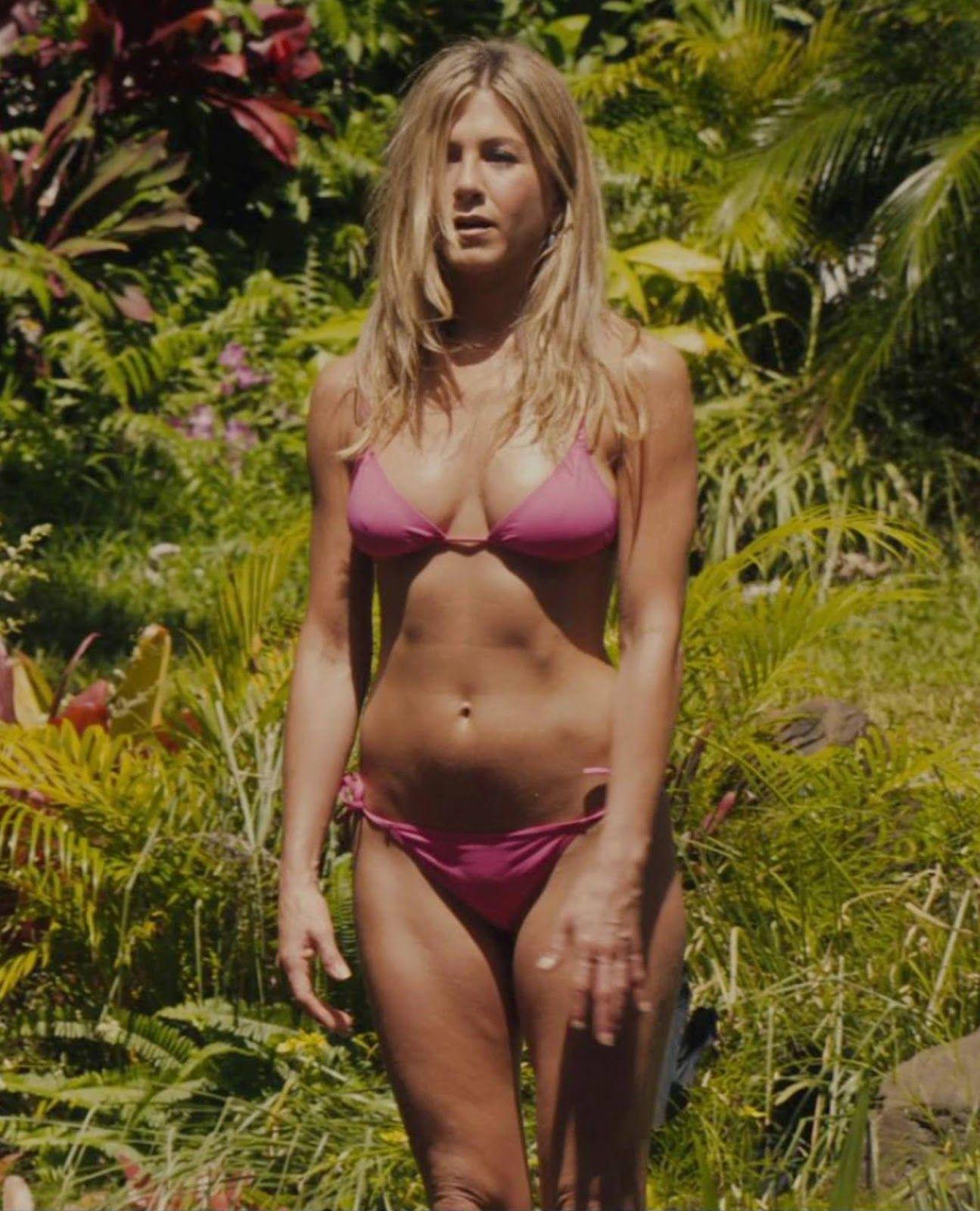 Jennifer Aniston Sexy Photos 3 600 Hot Pics Jennifer Joanna Linn Anastassakis F C2 B7r C2 B7i C2 B7e C2 B7n C2 B7d C2 B7s Jennifer Aniston Sexy Photos