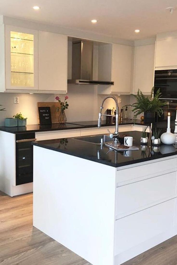 Déco cuisine blanche moderne avec ilot central  Wohnung küche