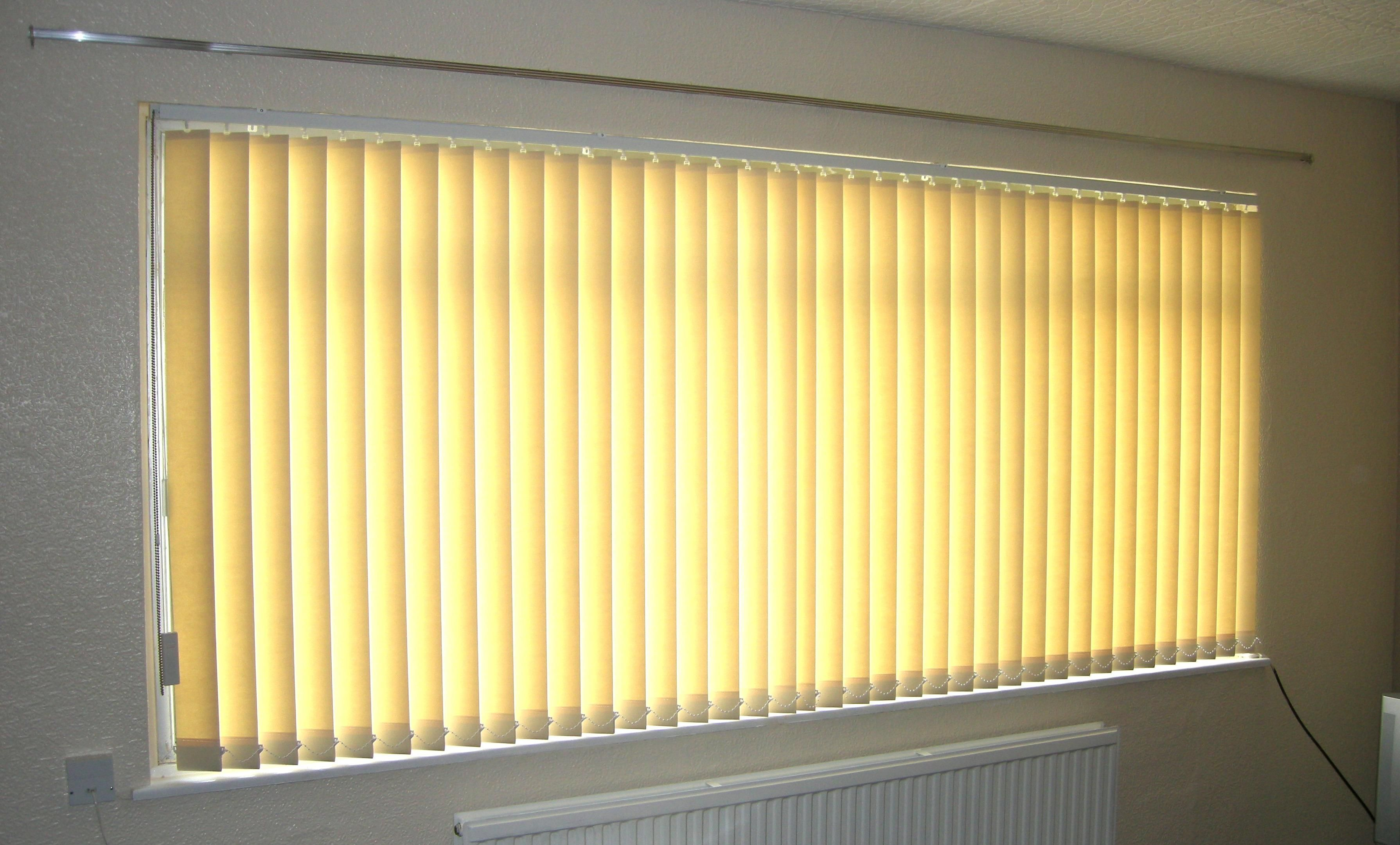 trendy office designs blinds. Stunning Short Yellow Window Blinds Design For Modern Style Your Home Office Ideas Interesting Blind Trendy Designs O