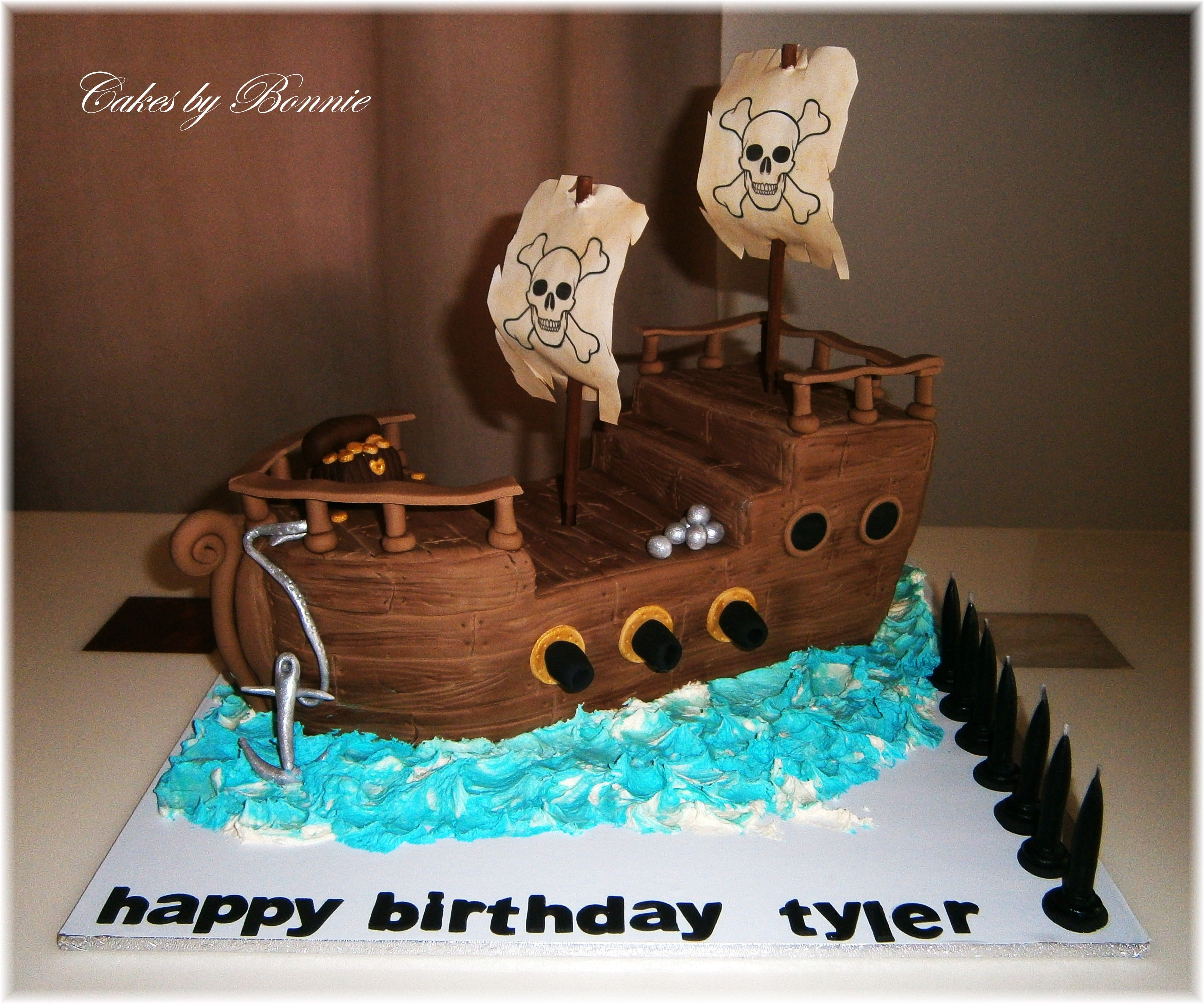 Pirate Ship Cake With Buttercream Water Cakes By Bonnie With