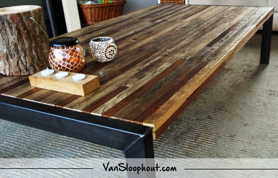 Tafel Hout Staal : Salon tafel van dunne planken sloophout met een stalen frame