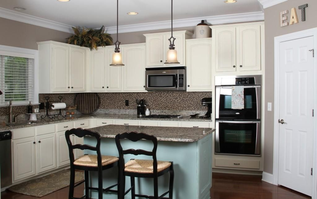 kitchens paint colors with cream cabinets white design for the rh pinterest com kitchen paint colors with cream cabinets kitchen paint ideas with cream cabinets