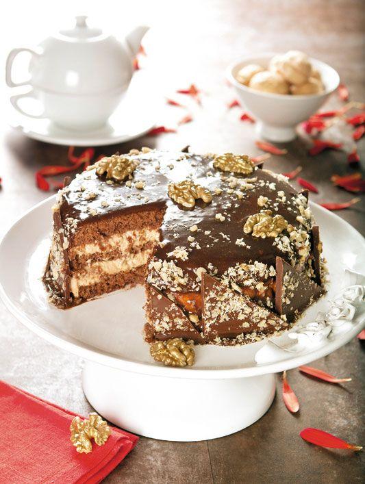 Bolo natalino de chocolate com nozes / DIY, Food, Candy