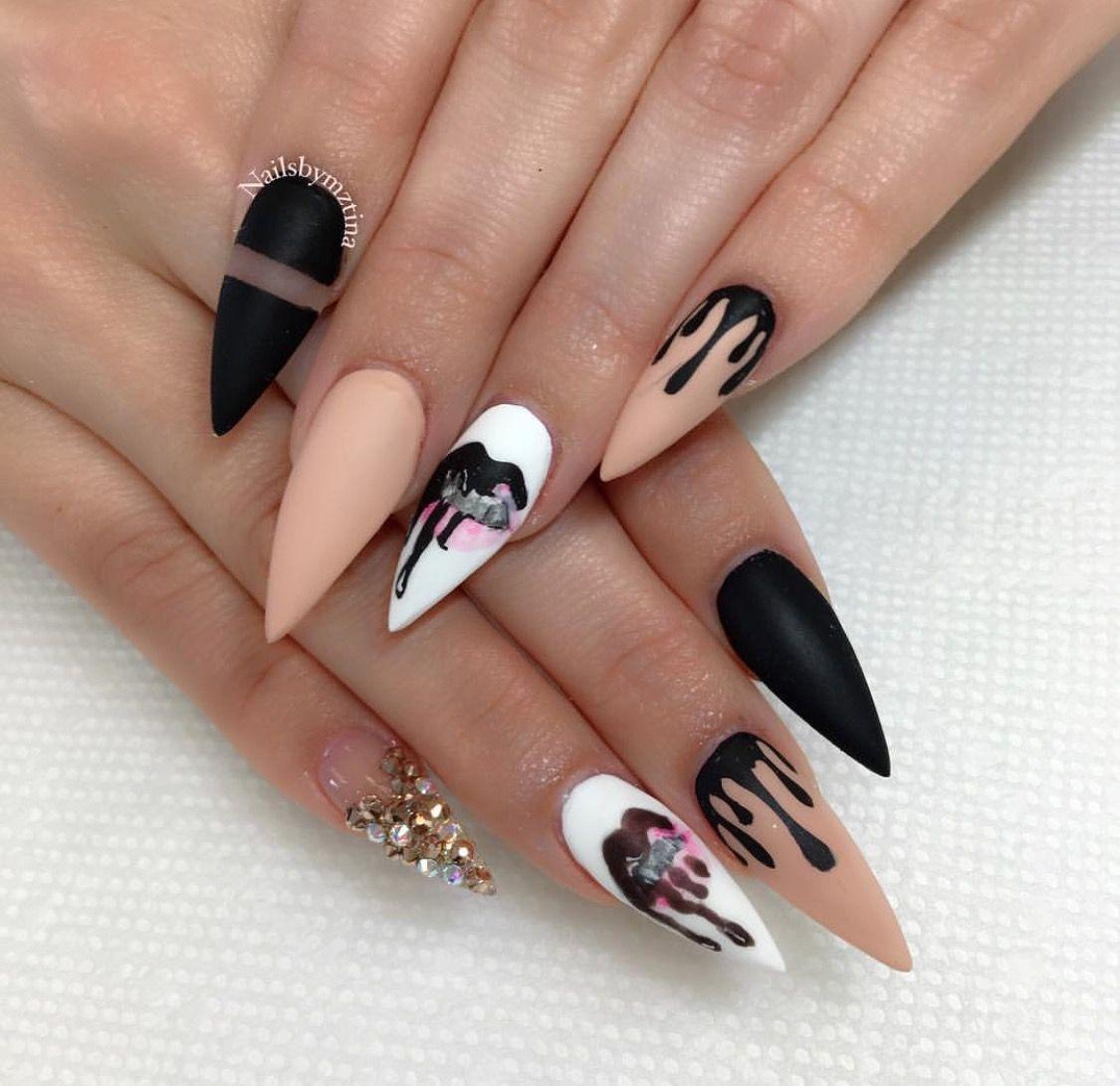 Pin von Alissa Spak auf nail salon | Pinterest | Nagelschere