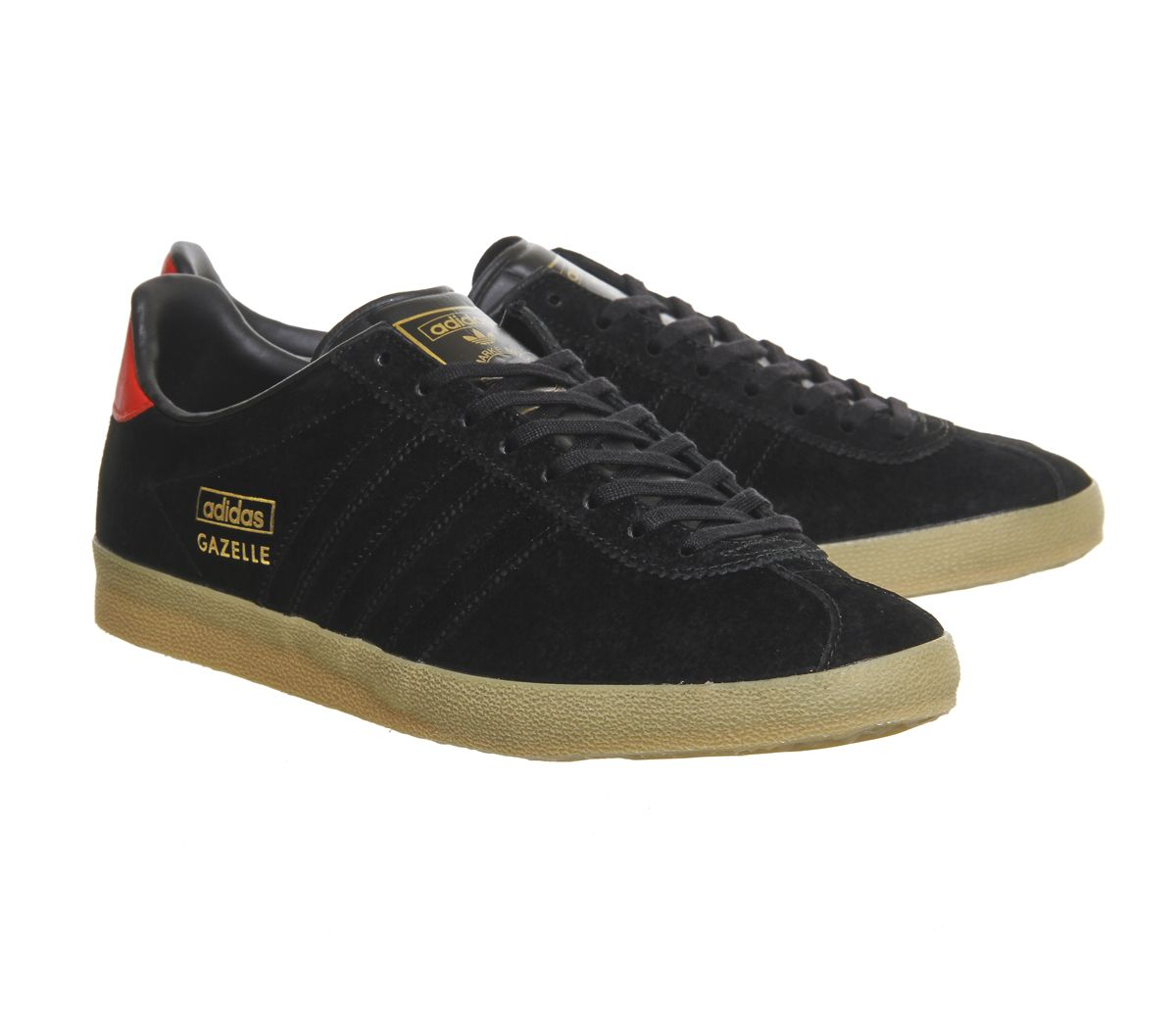 These understated bad boys were a sound release by adidas - Gazelle Og  finished in Black