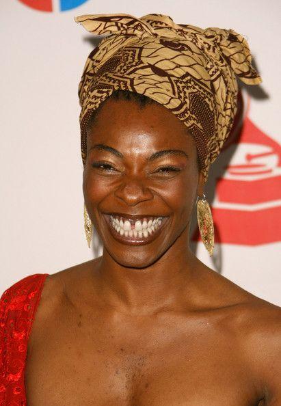 Concha Buika (Visita il nostro sito templedusavoir.org)