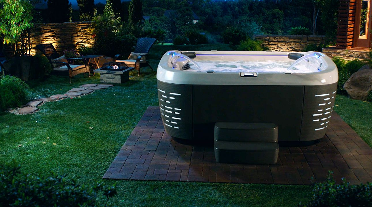 Hot Tub On Floating Patio By The Pool Jacuzzi J 500 Jacuzzi Hot Tub Architecture House