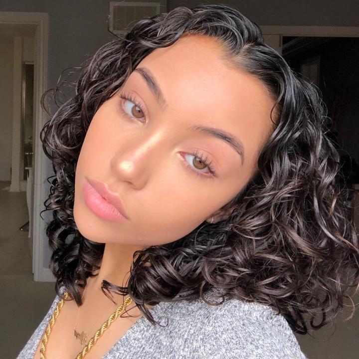 Ale Alessyafarrugia Tiktok Light Skin Girls Natural Curls Hairstyles Cute Hairstyles For Medium Hair