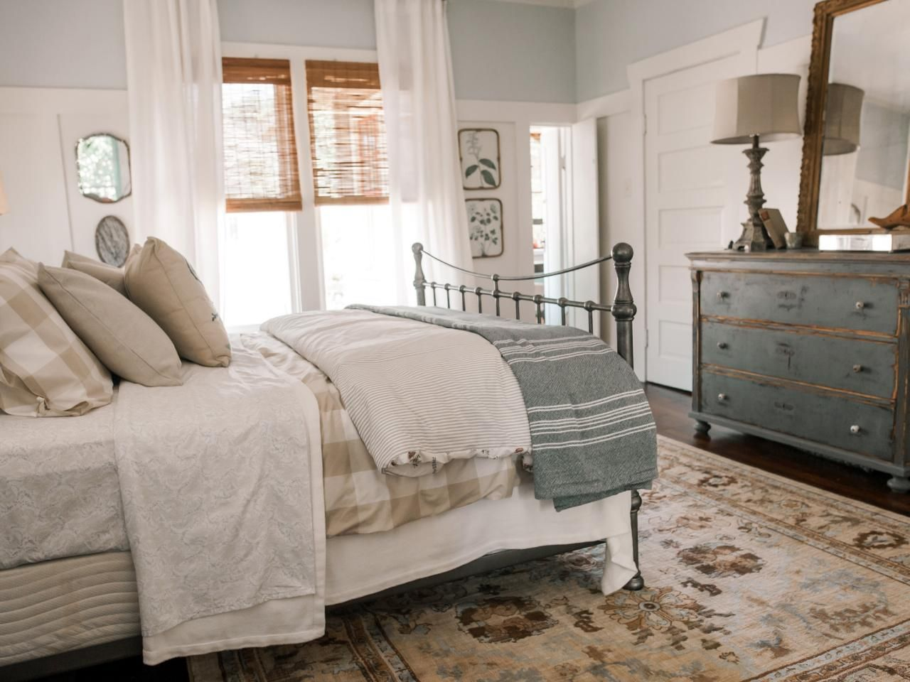 Bon Find The Best Of Home Town From HGTV Farmhouse Master Bedroom, Home Bedroom,  Craftsman