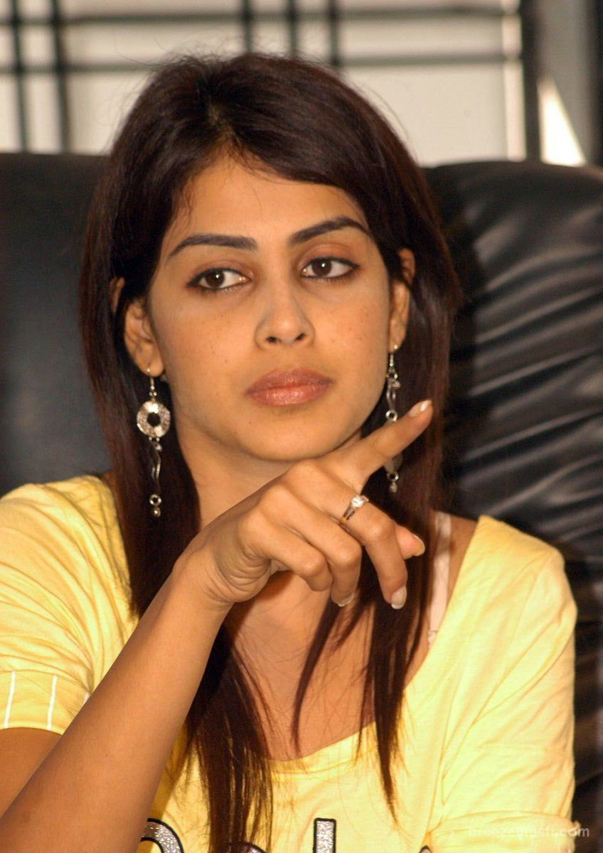 all wall wallpapers: genelia tamil actress full hd wallpaper 1024