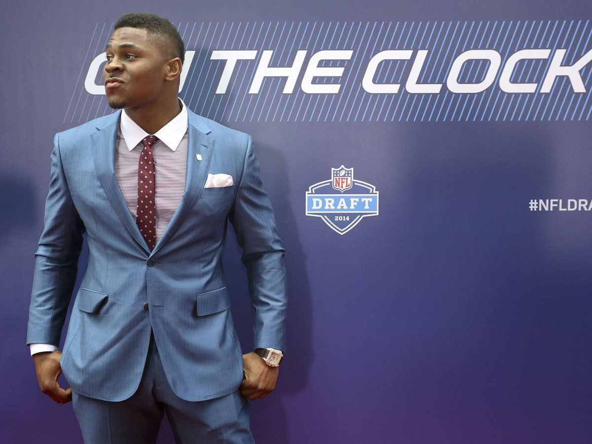 The Best And Worst Dressed Players At The Nfl Draft Cool Suits Light Blue Suit Nfl