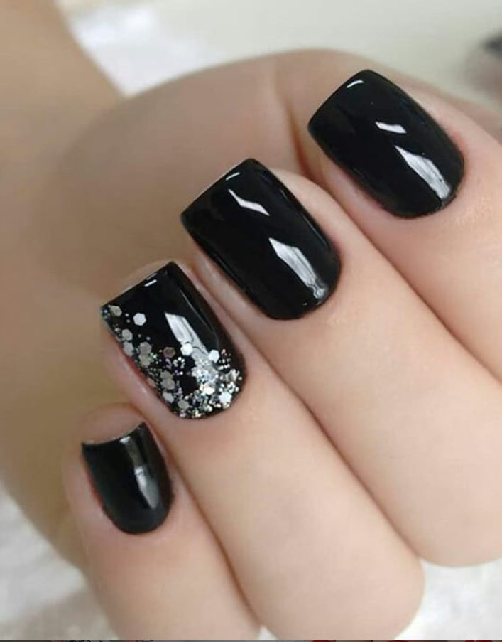 58 Cute And Elegant Acrylic Black Nails Design Ideas For Short Nails Black Nail Designs Black Nails With Glitter Nail Designs