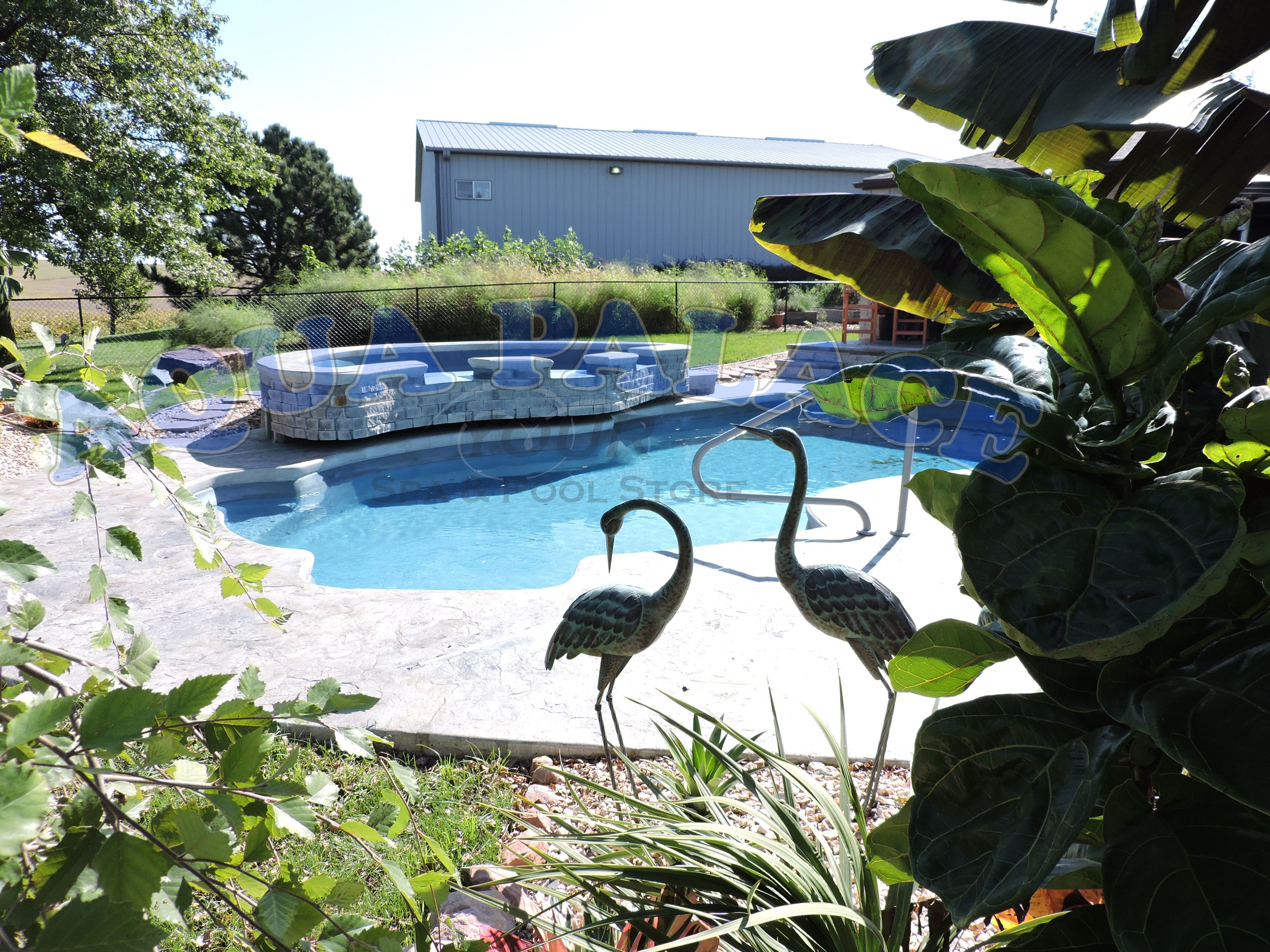 Fiberglass Pool With Fiberglass Spill Over Water Feature Custom Auto Cover Auto Cover Bench Aqua Palace 712 329 4180 Pool Fiberglass Pools Pool Designs