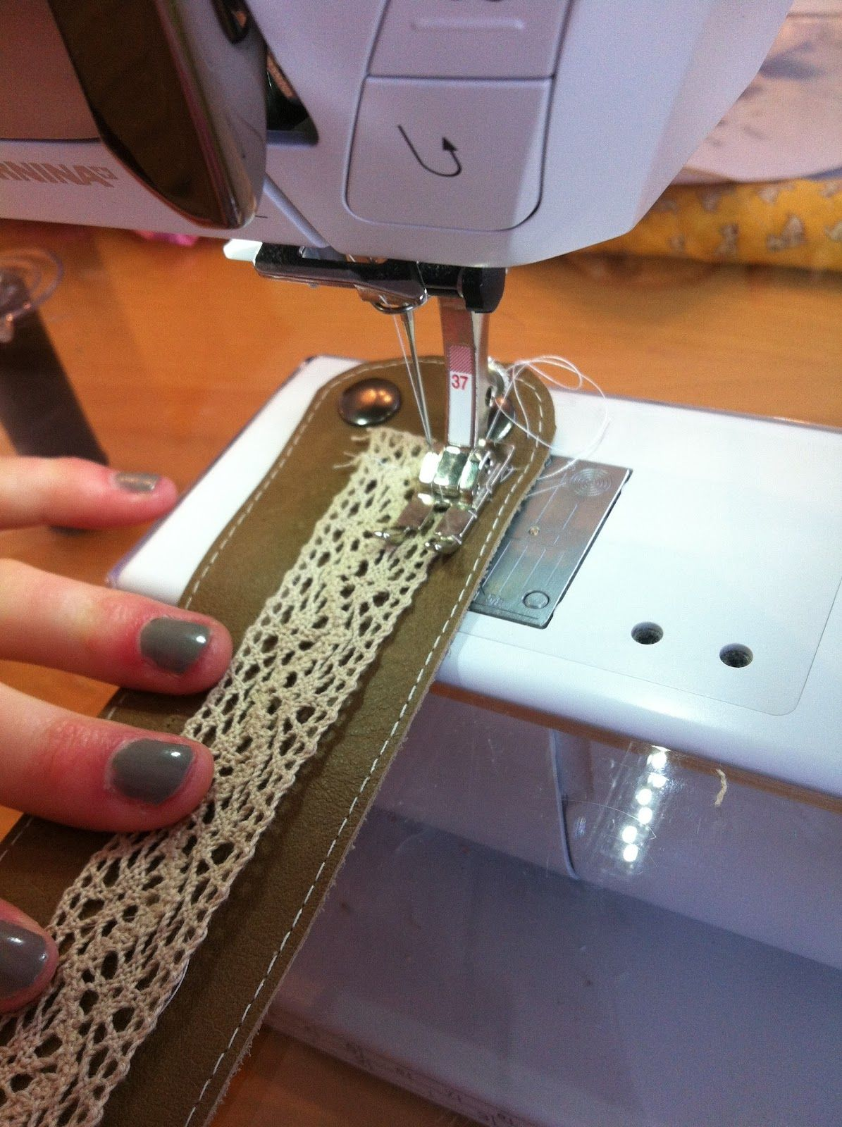 Diy embellished leather cuff from material girls quilts bracelets