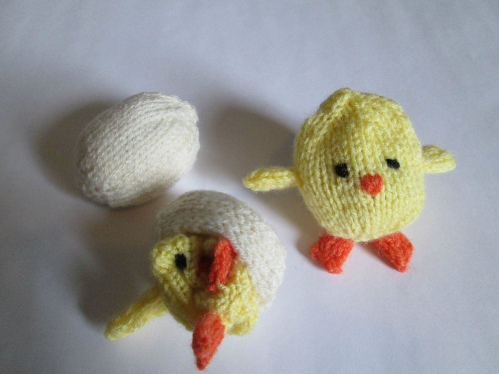 Knitting Easter Chicks : Knitted easter eggs with chick inside egg and