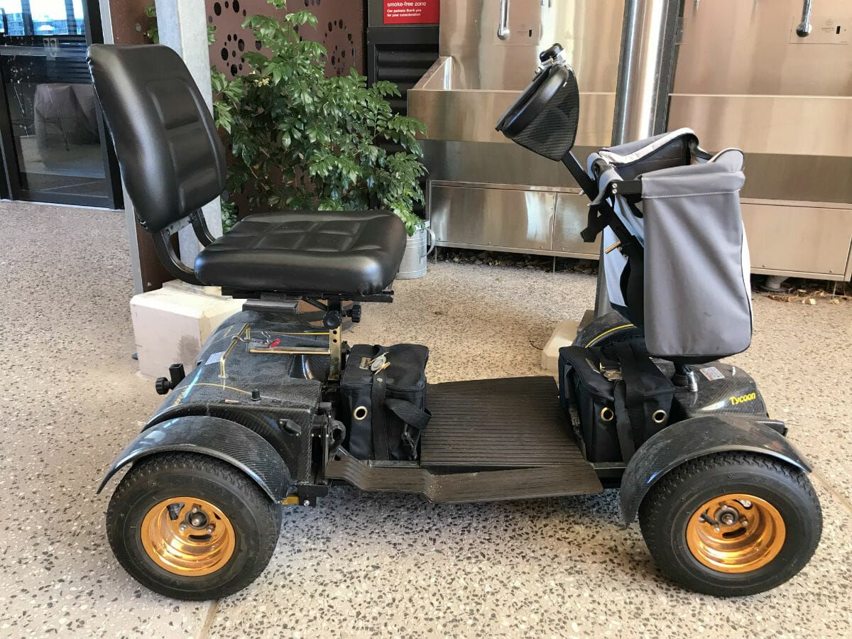 How To Know Which Mobility Scooter To Buy With Images Mobility