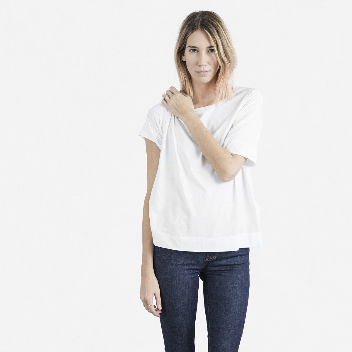 Everlane.  drop shoulder crew tee in white, size small $22