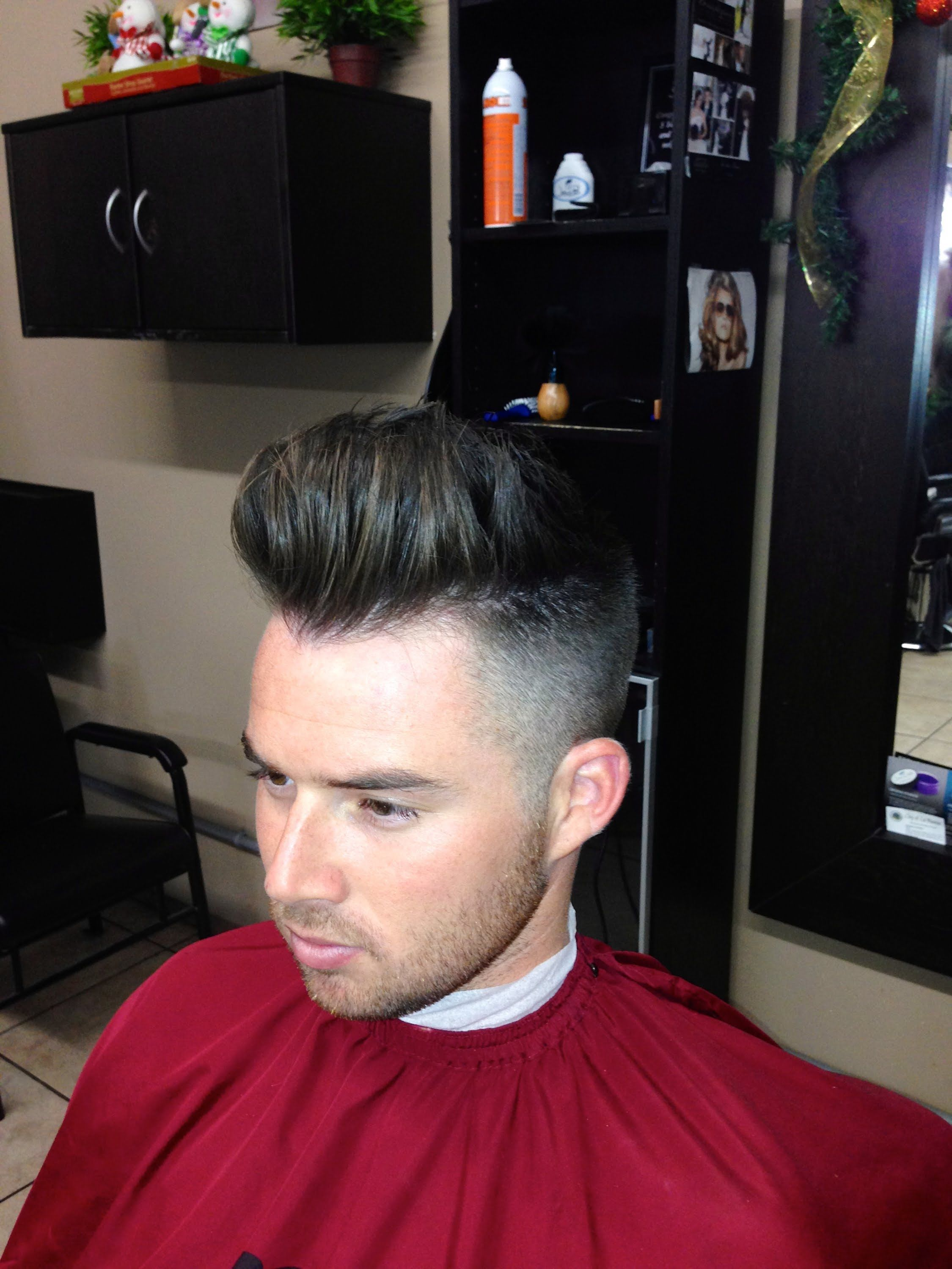 Mens short undercut haircut how to cut a modern pompadour haircut  step by step tutorial went
