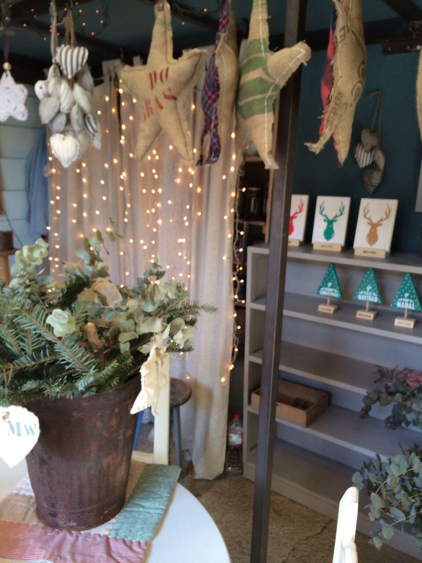 Estrellas y Christmas tree!! Todo handmade!!!! En Malana's Workshop Mercantic Sant Cugat Barcelona