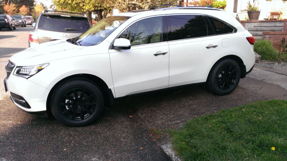 White Acura Mdx With Black Rims