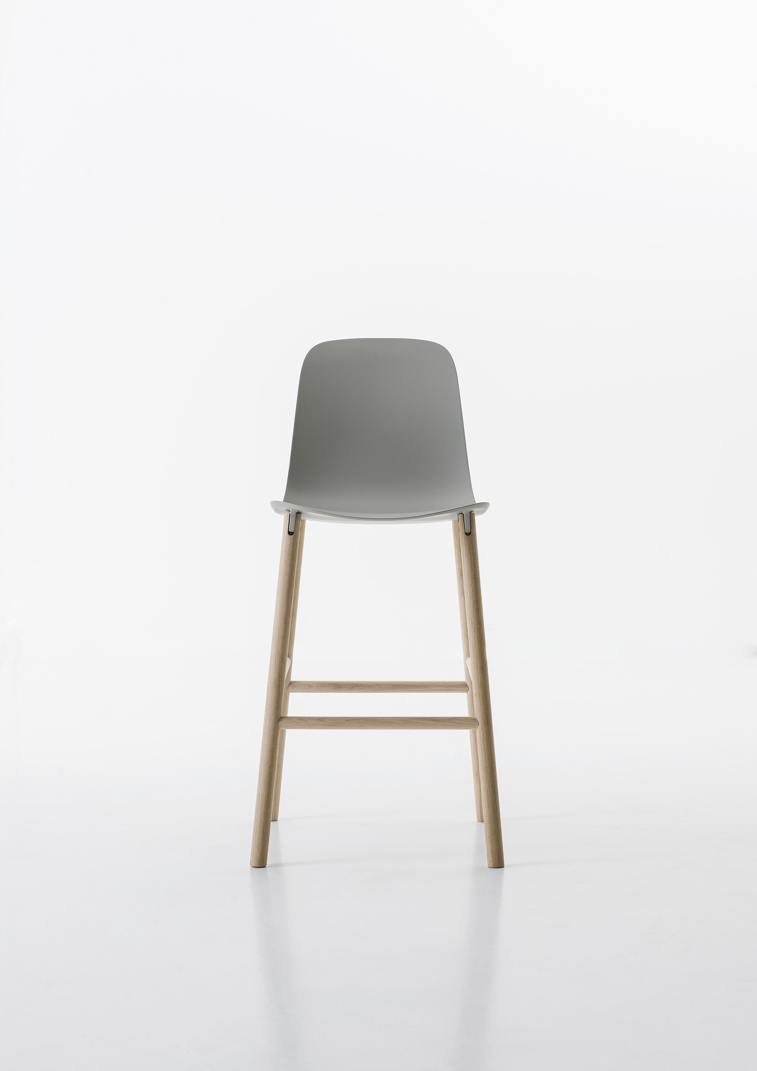 Low Back Dining Chairs And Table