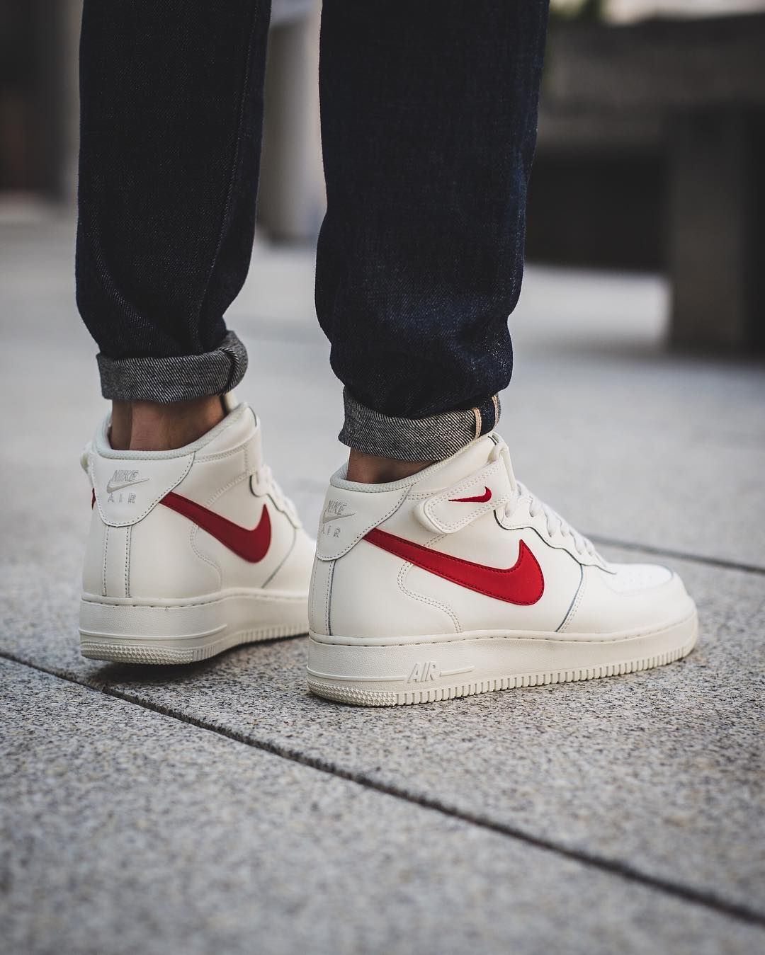 nike air force 1 mid sail