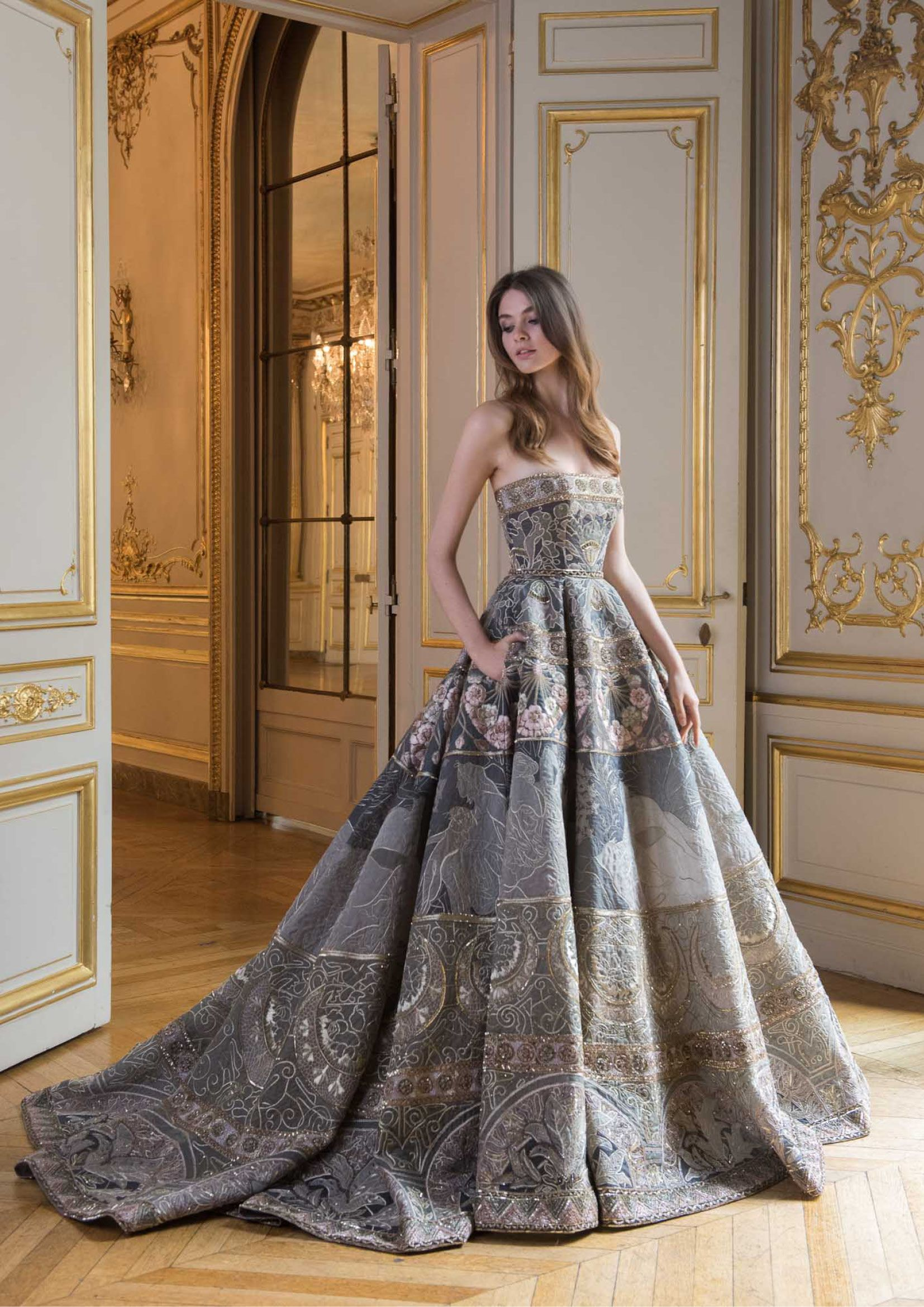 Dress for wedding party 2018  PSAW  Ball gown with scene embroidery and beadwork featuring