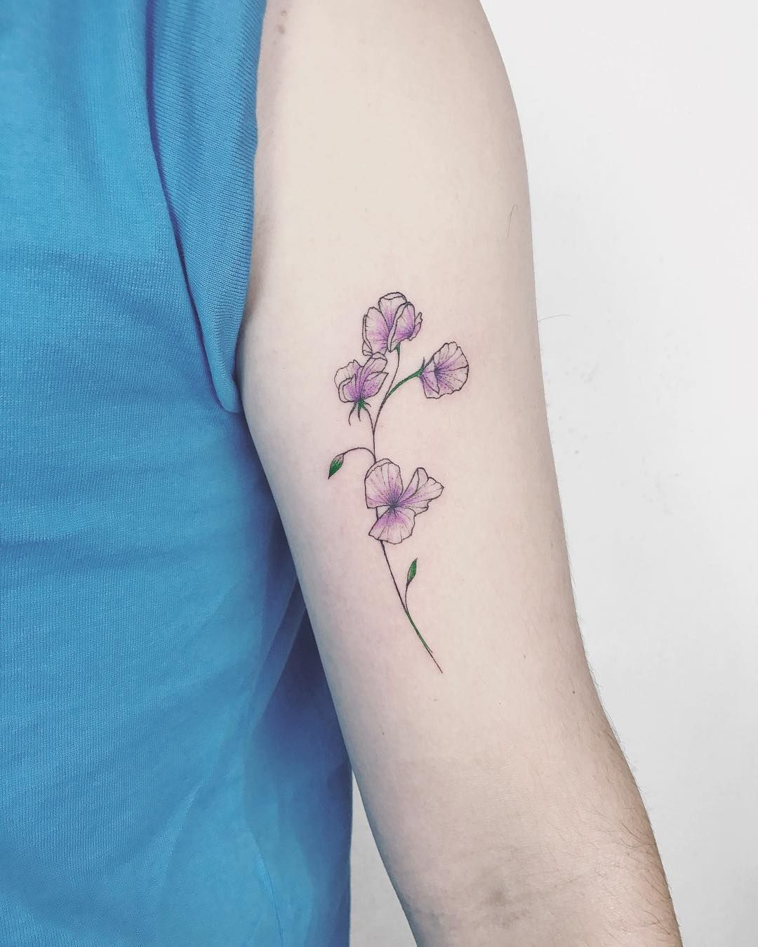 25 Sweet Mother Daughter Tattoos: Sweet Pea, For My Dad. April Birth Flower.