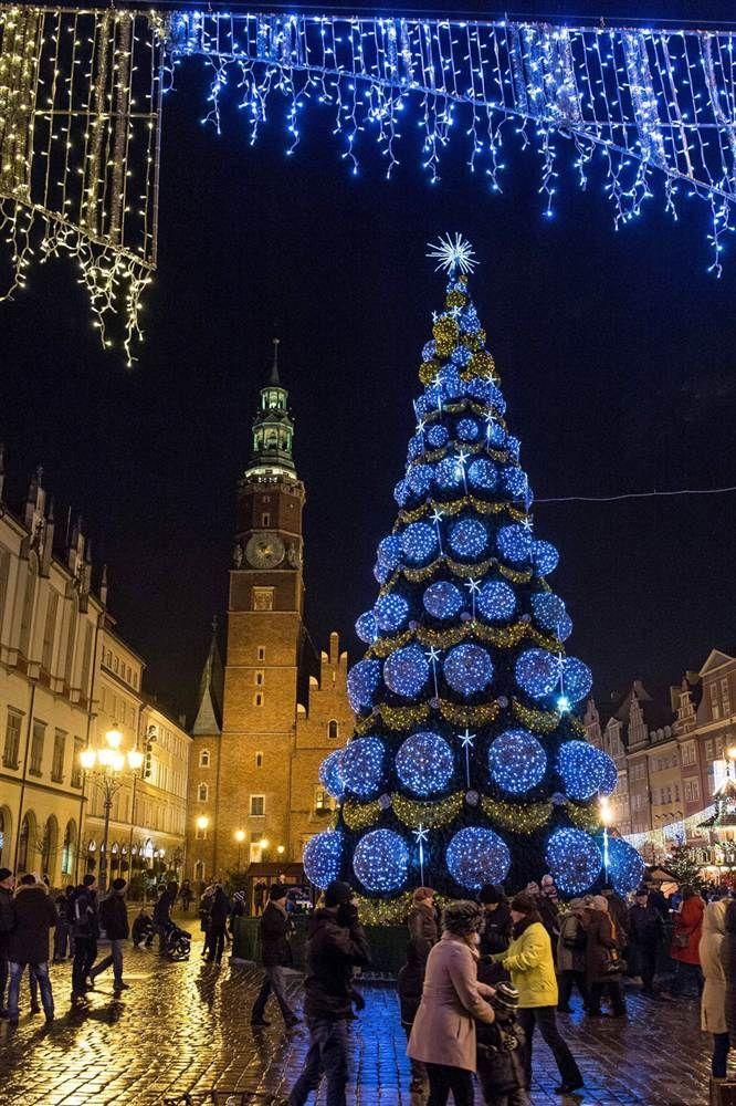 Resultado de imagen para christmas tree in marina square