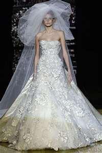 A Couture, Oscar de la Renta Gown~