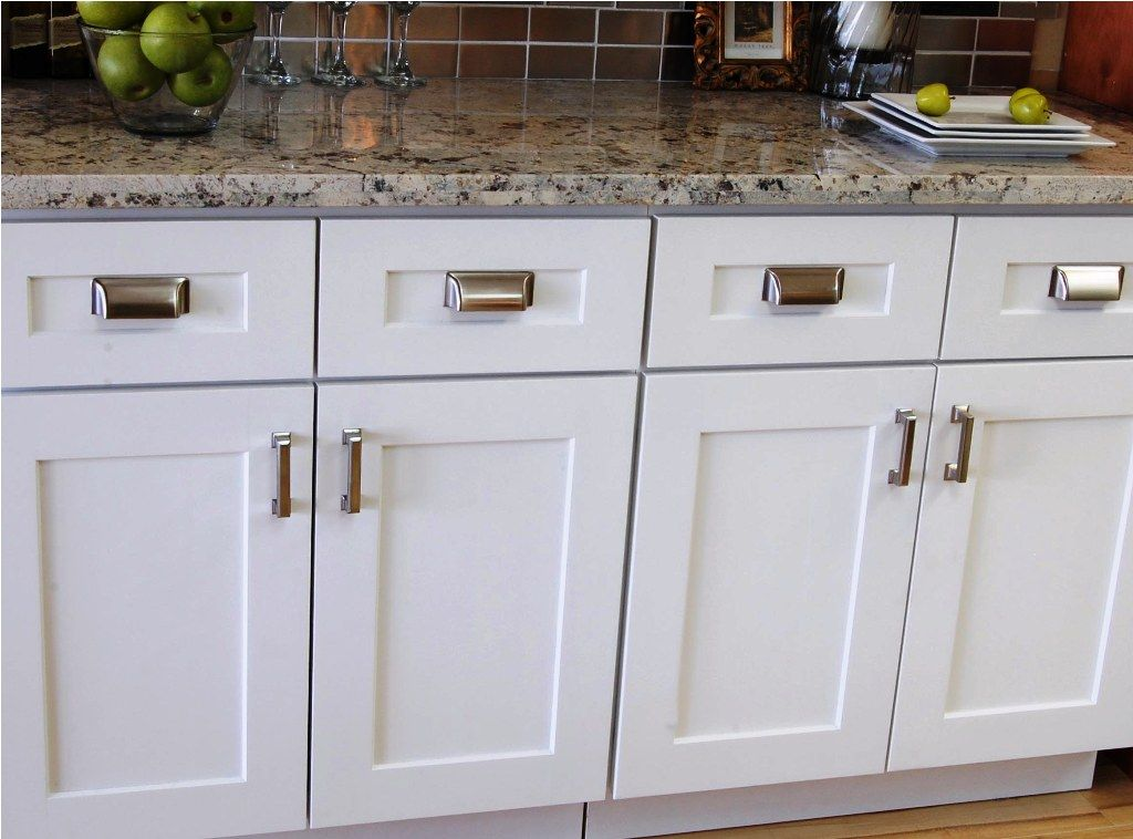 white shaker cabinets lowe\'s | Best White Shaker Kitchen ...