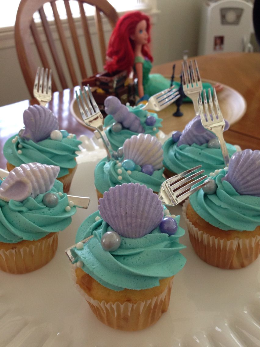 Little Mermaid Cupcakes With Images Little Mermaid Birthday