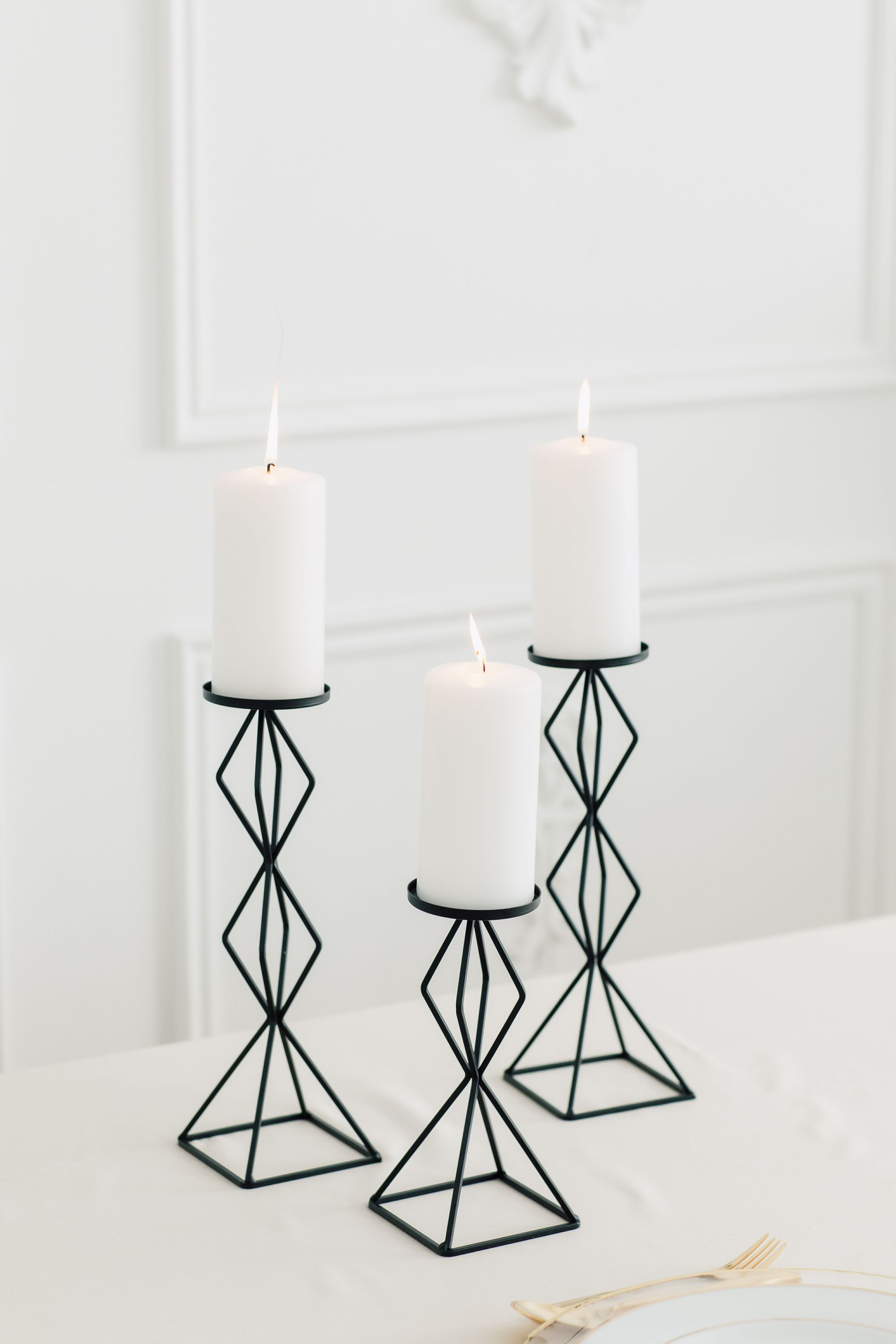 This Tall Geo Pillar Candle Holder Set Is A Trend Setting Way To Add A Modern Detail To Your Wed Pillar Candles Pillar Candle Centerpieces Large Pillar Candles