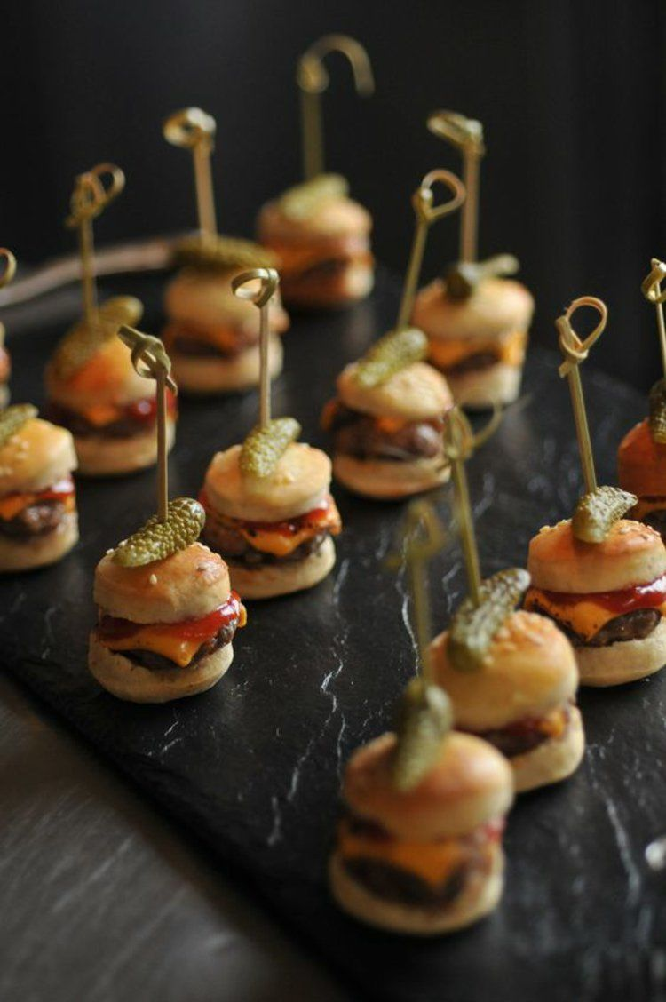 mini hamburger partysnacks fingerfood hochzeit pinterest mini hamburger partysnacks und. Black Bedroom Furniture Sets. Home Design Ideas