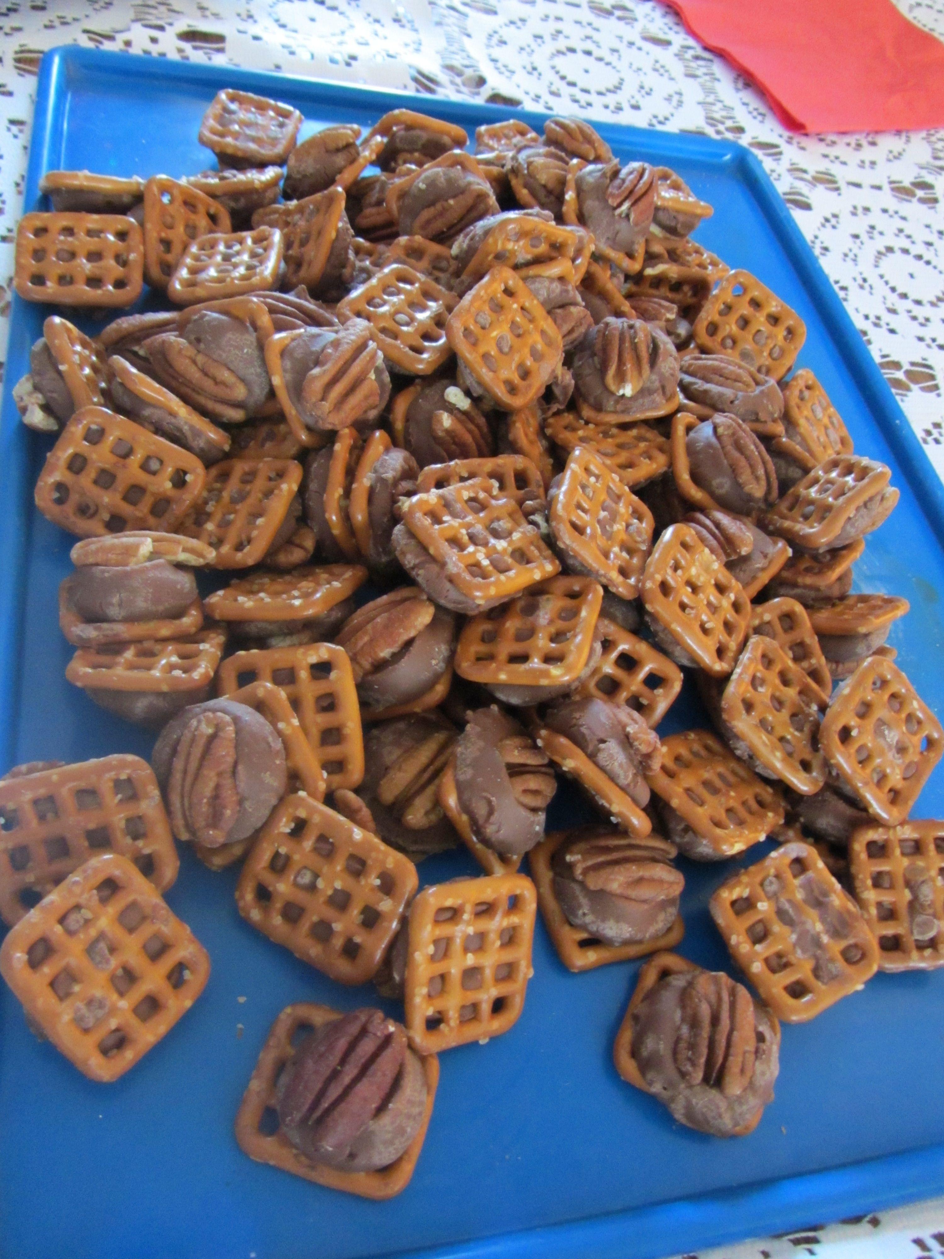 Cookie-Baking-Day-008.jpg 3,000×4,000 pixels