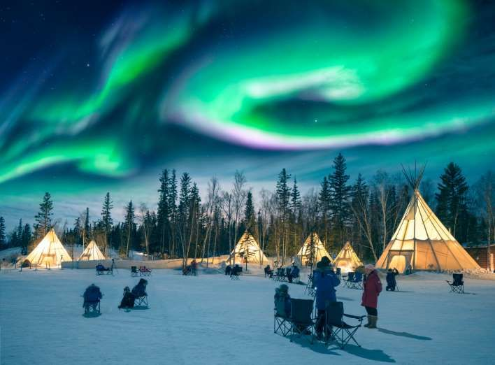 Yellowknife Northwest Territories Canada In October Feel Like Exploring A Remote Northern Dest Northern Lights Northern Lights Trips See The Northern Lights