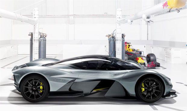 Photo: Aston Martin - https://www.luxury.guugles.com/photo-aston-martin/