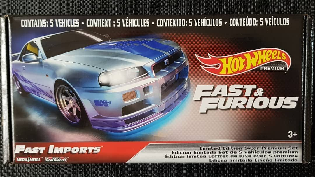 Fast Imports Box Set  Flying Out The Stores  #nissan #skyline #gtr #r32 #r34 #lamborghini #hotwheelscollector #escort #hotwheels #diecast #scale #model #car #toy #toyphotography #toycollector #gallardo #s15 #premium #modelcars #metal #fastimports #toycars #fastandthefurious #awesome #toycar #scalemodel #collection #diecastmodel #collector
