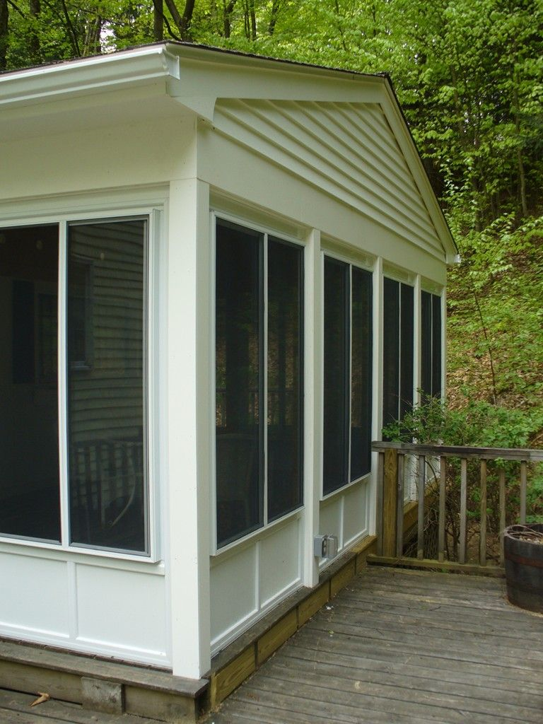 Harvey aluminum screen panel system with hollywood panels added to existing deck