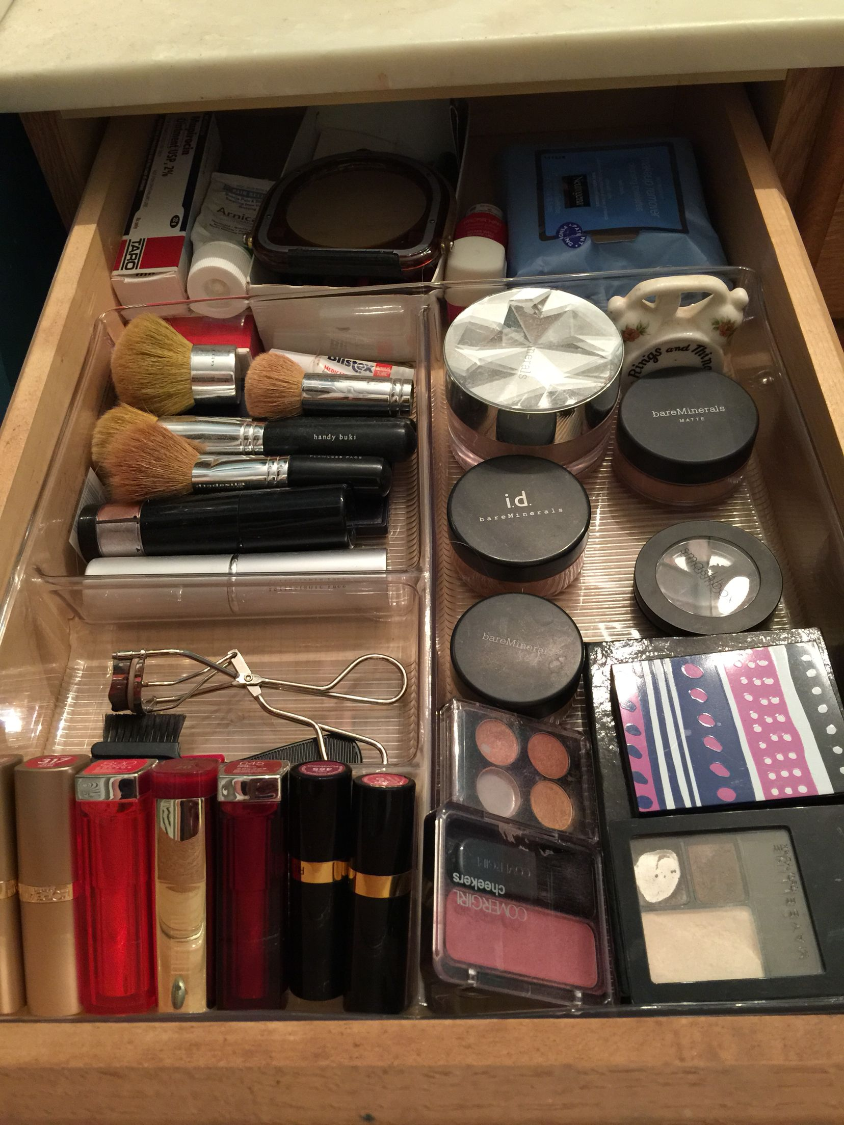 Turn Your Drawer Into Organized Makeup With A Simple Drawer