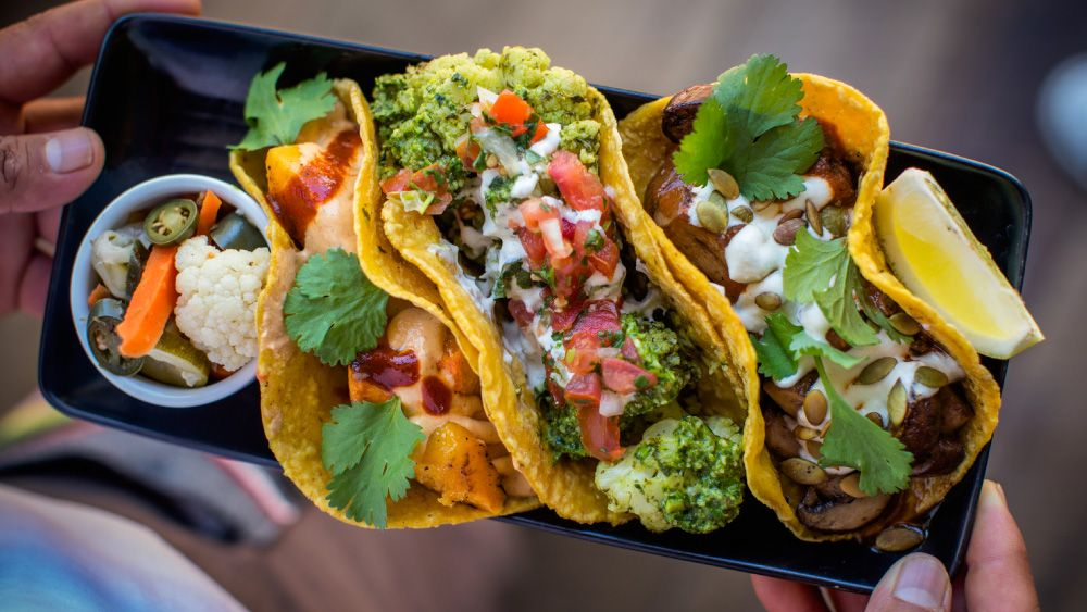 A Plant Based Mexican Restaurant In West Hollywood Vegan Restaurants Best Vegan Restaurants Food